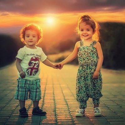 Kinder benötigen unsere Zukunft und unsere Vergangenheitsenergien.
